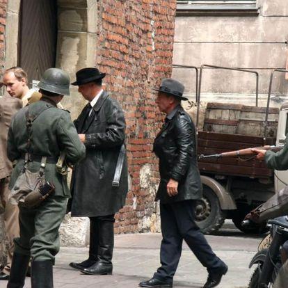 Petřín 1941 - romantická venkovní úniková hra z 2. sv. války