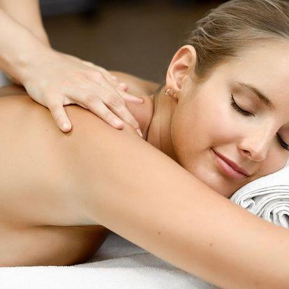 90minutový relax: masáž i lázeň v Diamond Spa