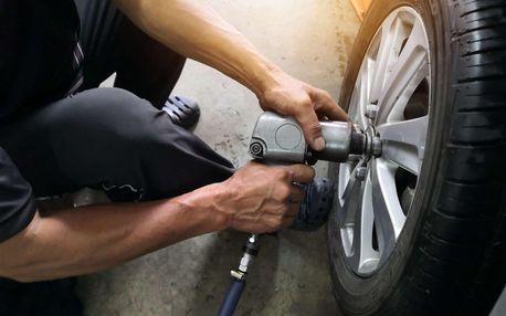 Výměna sady kol nebo kompletní přezutí pneumatik
