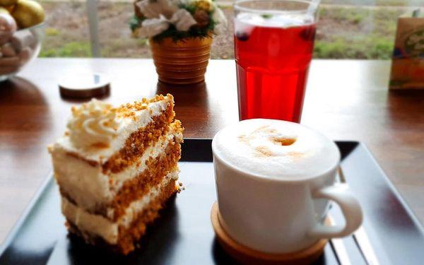 Káva, zákusek a limonáda podle výběru pro jednoho