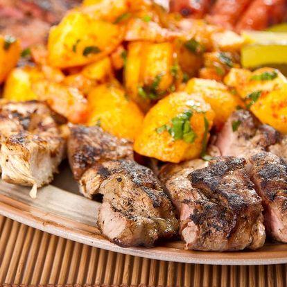 Jídlo s sebou pro celou rodinu: kilo masa a přílohy