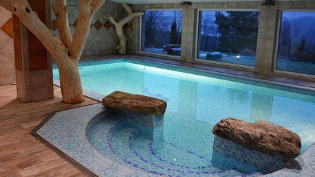 Od jara až do podzimu v Hotelu Podlesí s bazénem, vířivkou či masáží
