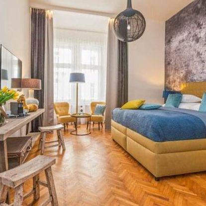 Praha přímo v samém centru v luxusním Hotelu Antik **** se snídaněmi formou bufetu a láhví sektu