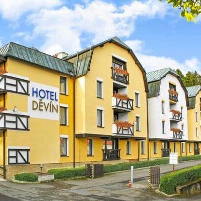 Mariánské Lázně ve Spa Hotelu Děvín ***superior s polopenzí, bazénem, procedurami a prívátní saunou