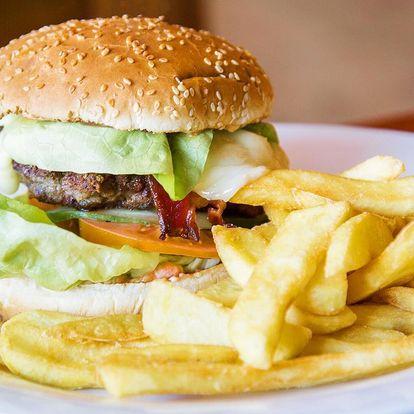 Naducané burgery s hranolky pro 2 nebo 4 jedlíky