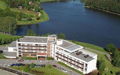 Hotel Adamantino*** u Luhačovické přehrady s plnou penzí a wellness