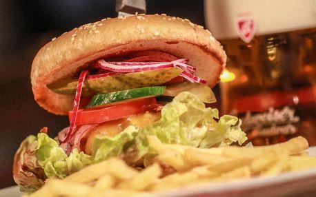 Hovězí nebo kuřecí burger, hranolky a nápoj