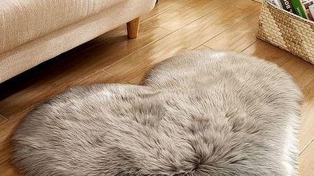 Chlupatý kobereček SK21
