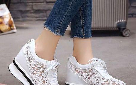 Dámské boty na klínu Deanna