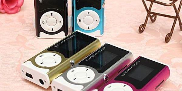 Mp3 přehrávač do auta Mini MP3 přehrávač na micro SD karty - 5 barev