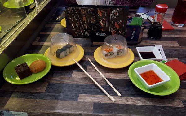 2,5 hodiny running sushi (od 10:00 do 16:00)3