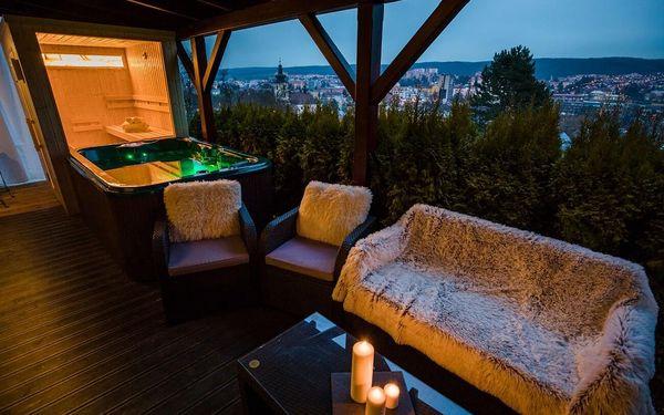 Zahradní apartmá s vířivkou a finskou saunou | 2 osoby | 2 dny (1 noc)2