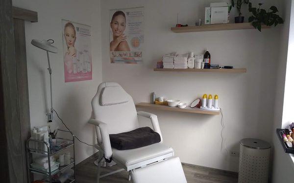 Kosmetické ošetření s masáží obličeje, krku a dekoltu4