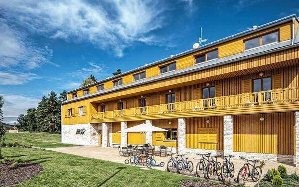 Máchovo jezero a hrad Bezděz s ubytováním v hotelu Relax a polopenzí
