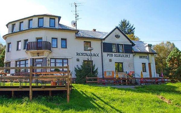 Český ráj u hradu Valdštejn nejen pro rodiny v Penzionu Pod Hlavaticí s polopenzí a možností masáží