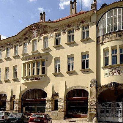 Hradec Králové, Královéhradecký kraj: Hotel Okresní Dům