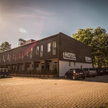 Střední Čechy: Hotel Sázavský ostrov s polopenzí a vstupenkami na památky nebo zapůjčením člunu a koloběžek