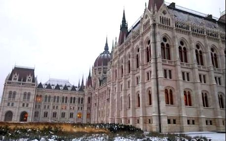 Krásná Budapešť ve 4* hotelu Mediterran kousek od centra. Dítě zdarma!