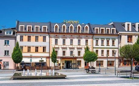 Jeseníky: Hotel Slovan **** blízko turistických stezek s polopenzí a gurmánským menu