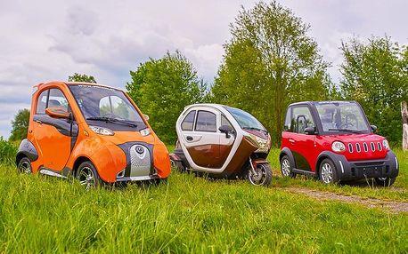 Rodinná jízda v elektromobilu elBlesk