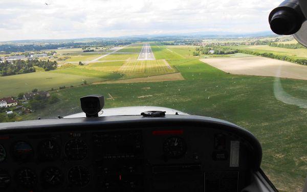 Pilotem sportovního letounu Zenair pro 1 osobu na 20 minut3