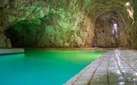Maďarsko: Miskolc v Penzionu Tapolca Fogadó *** s polopenzí, vínem a slevou do jeskynních lázní