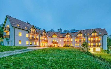 Krušné hory pro rodiny: 4* Pytloun Wellness Hotel Hasištejn s wellness, vstupem do Zoo i Aquaparku + polopenze