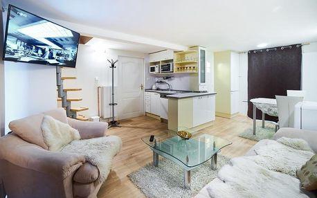 Zamilovaný pobyt ve dvojici diskrétně v Bluestars Apartments na 7 nocí se snídaní - možno uplatnit VaryVoucher v Karlových Varech
