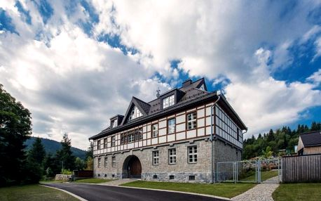 Theresian Apartments s 6 nadstandardně vybavenými byty