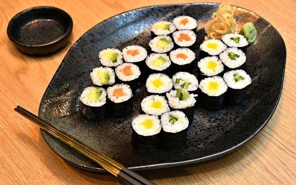 Maki Lover: 24 ks sushi2