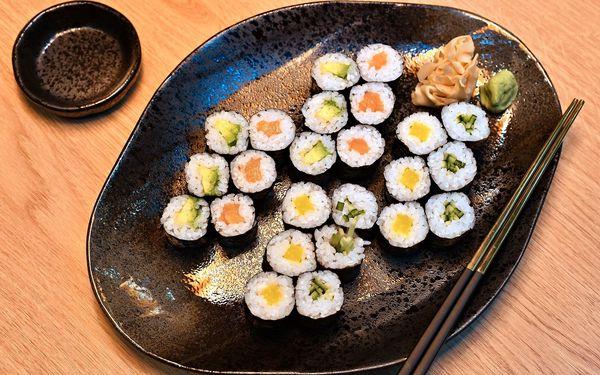 Maki Lover: 24 ks sushi3