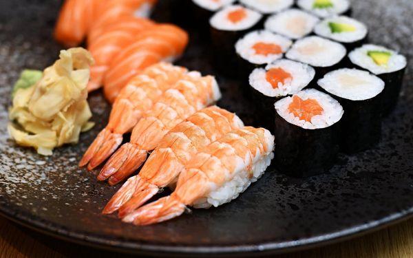 Maki Lover: 24 ks sushi5