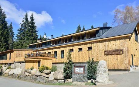 Horský víkendový pobyt pro dva v luxusním hotelu Montanie