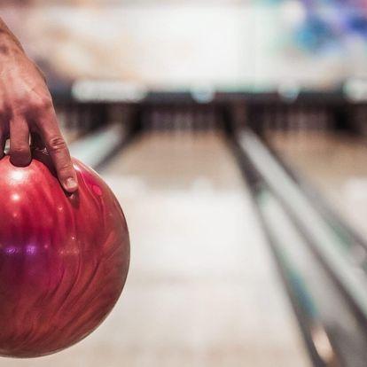 2 hodiny bowlingu až pro 6 hráčů