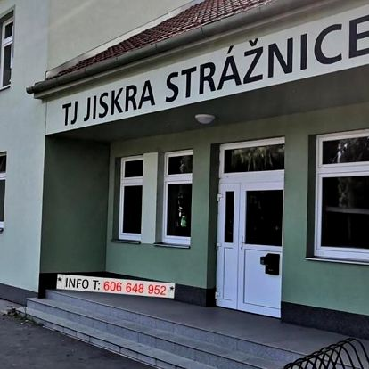 Strážnice, Jihomoravský kraj: Ubytovani, (apartman) - sportovni hala TJ