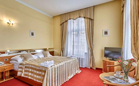Karlovy Vary se vstupem do saunového světa a polopenzí