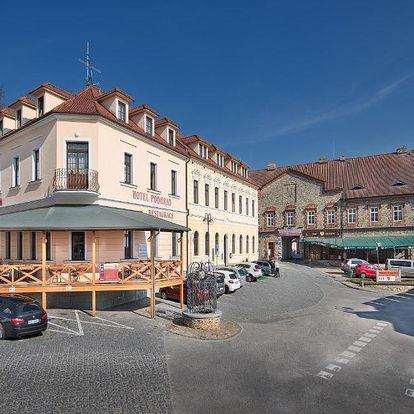 Hluboká nad Vltavou, Jihočeský kraj: Hotel Podhrad