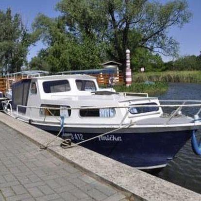 Jedinečný výlet přes LÉTO: 4-denní plavba po Baťově kanálu na lodi pod Vašim velením