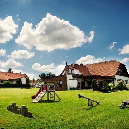 Pelhřimov, Vysočina: Hotel Farma