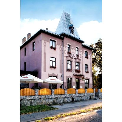 Střední Čechy: Hotel Grand - Řevnice