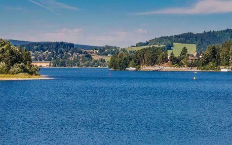 Léto na Lipně v penzionu Tomy s polopenzí, bazénkem a zapůjčením loďky