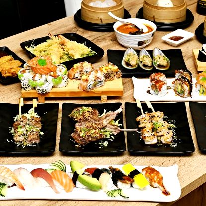 Asijská hostina: sushi and grill all you can eat