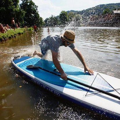 Škola paddleboardingu na Žluté plovárně na Malé Skále