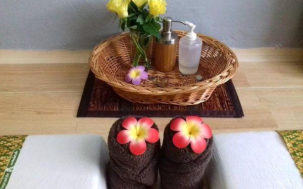 Thajská masáž kokosovým olejem v délce 90 minut3