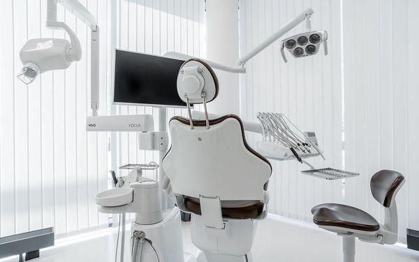 Dentální hygiena vč. airflow a bělení zubů4