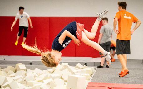 Hodina v Jump Academy Brno: trampolíny a atrakce