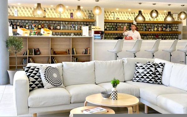 IHOTEL, Burgas, letecky, all inclusive5