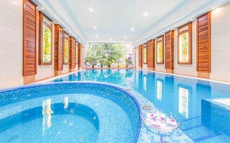 Budapešť v centru: Luxusní Lion's Garden Hotel **** s neomezeným wellness centrem a snídaní + 2 děti zdarma
