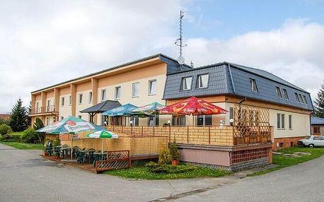 Moravský kras v Hotelu Vrchovina *** s polopenzí, welcome drinkem a vínem + dítě zdarma