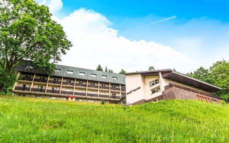 Krkonoše: Špindlerův Mlýn v Hotelu Horní Pramen se vstupem do vodního ráje a sauny + polopenze a výhody